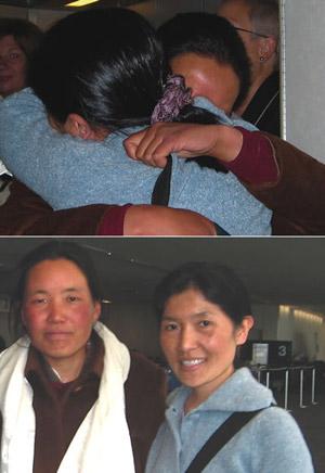 Подруги и бывшие сокамерницы тюрьмы Драпчи Пхунцог Ньидрон и Нгаванг Сандрол снова встретились в США 15 марта 2006.