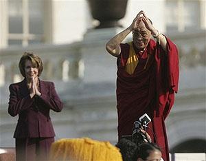 Обращение спикера Нэнси Пелоси по случаю вручения Далай-ламе Золотой медали Конгресса США