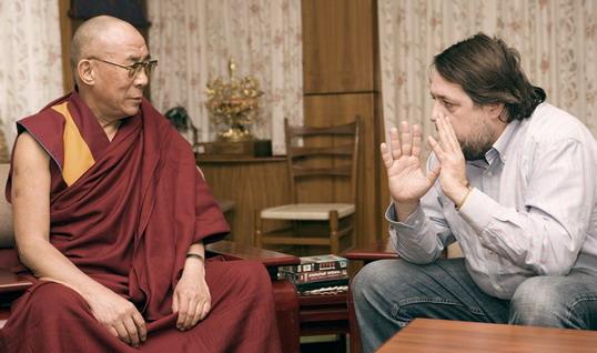 В Санкт-Петербурге состоится показ и обсуждение картины Виталия Манского «Рассвет/Закат. Далай-лама XIV»