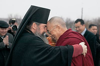 Буддисты Калмыкии провожают архиепископа Зосиму в другую епархию «как брата»