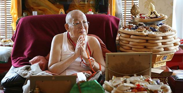 """Богдо-гэгэн IX: """"Я буду молиться о буддистах России"""""""