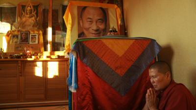 Почему Далай-лама не может приехать в Россию?