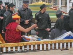 Священнослужитель Читинского дацана провёл молебен в колонии №3