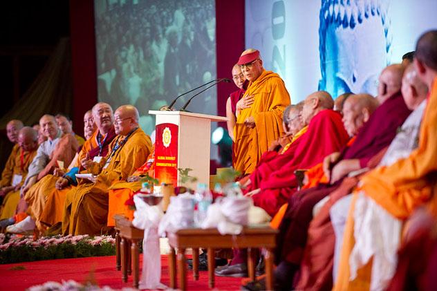 Далай-лама посоветовал делегации из Кыргызстана провести международную конференцию по буддизму