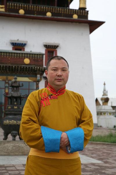 Обращение Тэло Тулку Ринпоче Ринпоче по поводу предстоящих Учений Его Святейшества Далай-ламы для буддистов России