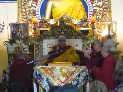 Далай-лама поздравил буддистов Калмыкии с Новым годом