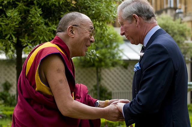 Далай-лама посетит летом 2012 года пять британских городов