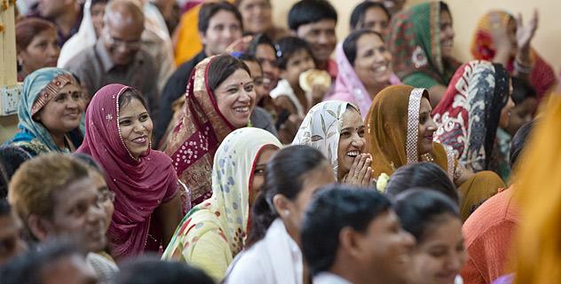 Учение Будды возвращается в Индию: свыше тысячи индийцев посетили учения Его Святейшества Далай-ламы