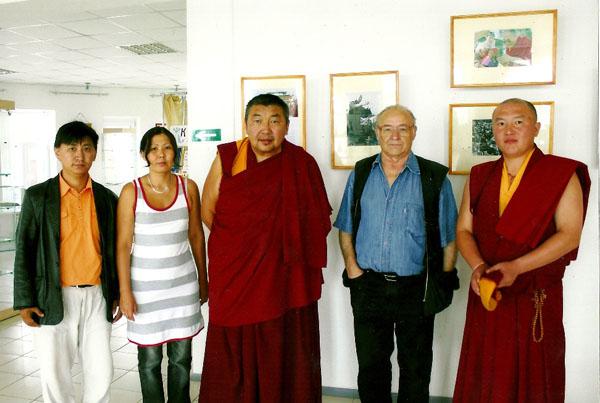 Известный в Забайкалье фотограф подарил Агинскому дацану снимки Далай-ламы