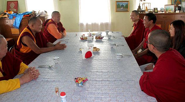 В Россию с первым визитом прибыл Кунделинг Ринпоче