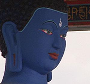 В столице Тувы установили ступу со статуей Будды Медицины