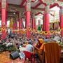 Видео. Далай-лама встречается с зарубежными участниками учений на юге Индии
