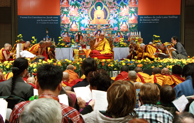 Учения Далай-ламы для буддистов России – 2013 и другие события зимнего паломничества в Индию