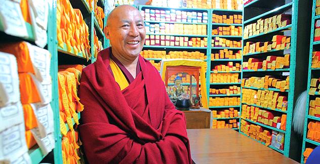 Директор Библиотеки тибетских трудов и архивов геше Лхакдор посетит Калмыкию, Туву, Москву и Краснодар