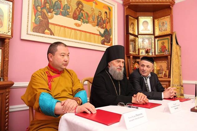 В Элисте состоялось заседание президиума Межрелигиозного совета Калмыкии