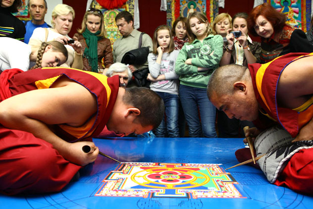 Монахи Дрепунг Гоманга землячества Нгари проведут новый тур по России