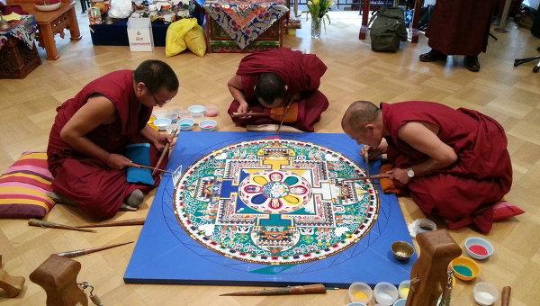 Монахи монастыря Дрепунг Гоманг посетят с визитом Республику Тыва