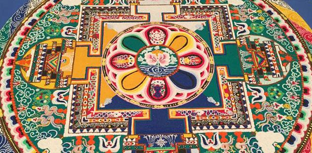 Монахи монастыря Дрепунг Гоманг построят в Краснодаре мандалу Белого Дзамбалы