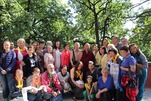 В 2016 году Чадо Ринпоче дарует в Санкт-Петербурге учение по полной мандале Калачакры в сочетании с затвором приближения