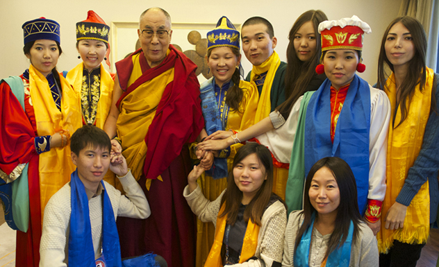 Фотографии российских паломников с Его Святейшеством Далай-ламой. Дели - 2014