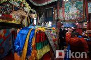 Буддисты в Монголии получили возможность поклонения драгоценному телу  Богдо-гэгэна Джебцзундамба-хутухты