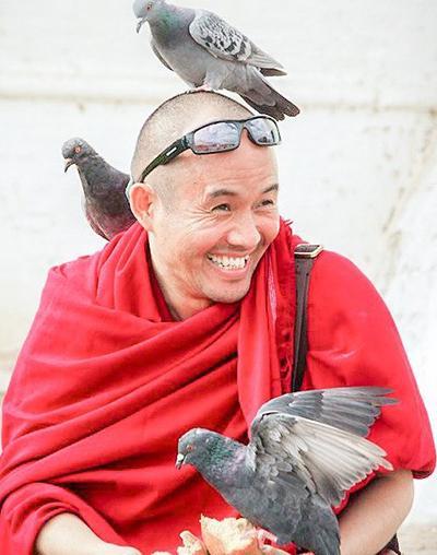 Геше Нгаванг Тукдже проведет лекции и практики в Санкт-Петербурге