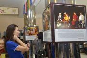 В Туве открылась фотовыставка «Далай-лама. Покуда длится пространство…»