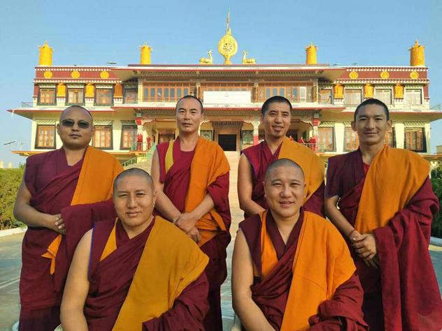 Официальная делегация монахов из монастыря Дрепунг Гоманг проведет восьмой тур по России