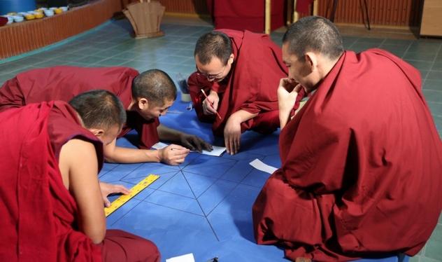 В Калмыкию прибыла официальная делегация монахов из Дрепунг Гоманга