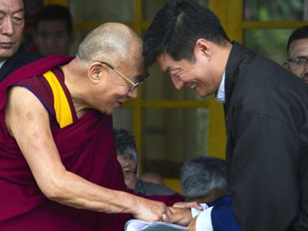 Кашаг поздравил тибетцев и друзей Тибета с 57-м Днем тибетской демократии