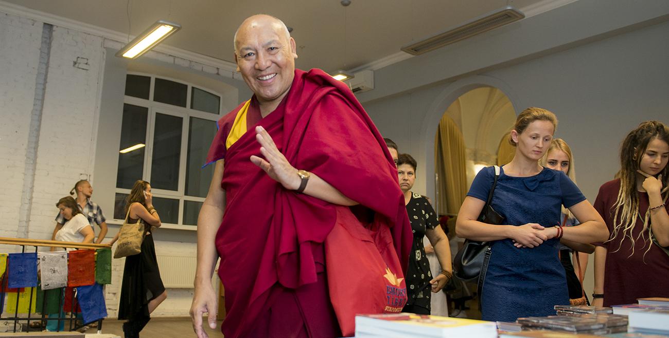 Геше Лхакдор: «Полнота буддийского учения не поместится ни в одном манускрипте»