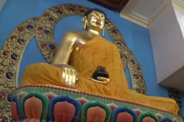 Видео. В Калмыкии отметили 25-летие служения Тэло Тулку Ринпоче на посту главы буддистов республики
