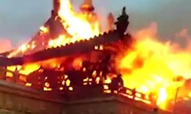 Водном изхрамов Тибета произошел пожар