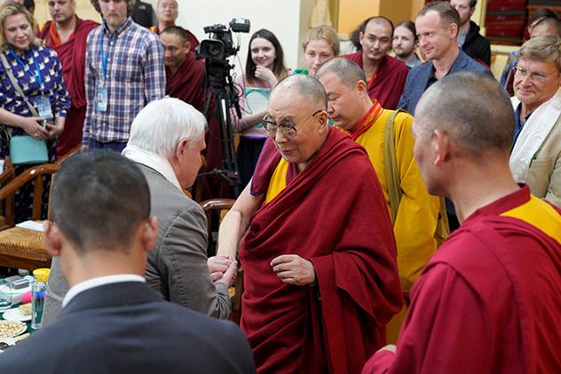 Александр Каплан. Три вопроса Далай-ламе