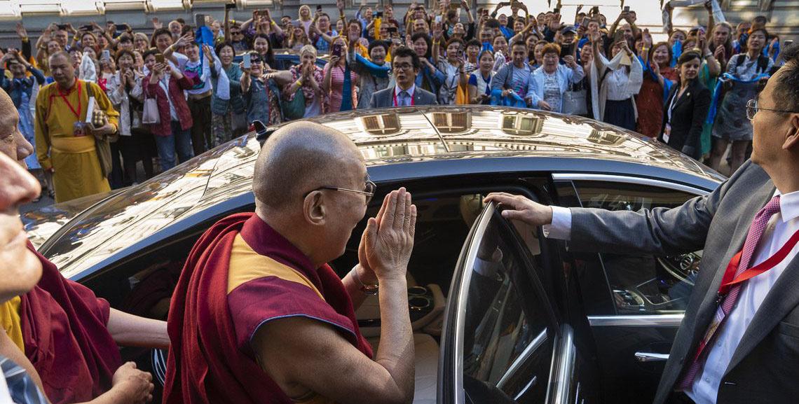 Видео. Буддийские общины на учениях Далай-ламы в Риге (2018)