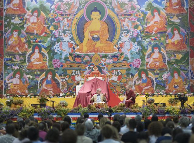 Срединный путь в современном мире. Две беседы с Робертом Турманом о теории и практике буддизма