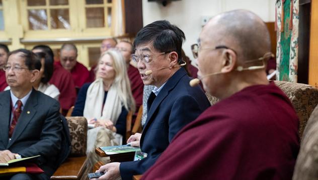 В Дхарамсале состоялся второй день диалога Далай-ламы с китайскими учеными о квантовых эффектах