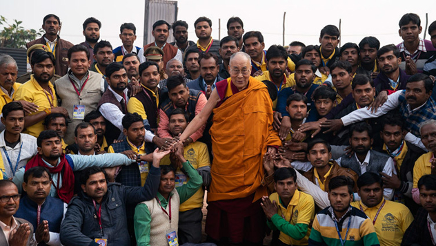 В Санкисе завершились учения Далай-ламы по поэме Шантидевы «Бодхичарья-аватара»
