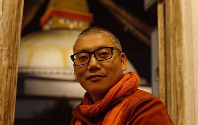 Кхенпо Чойинг Дорже дарует в Москве учения по мадхьямаке