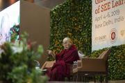 Его Святейшество Далай-лама выступает с основным докладом во время второго дня международной презентации программы СЭЭО. Нью-Дели, Индия. 6 апреля 2019 г. Фото: Тензин Чойджор.