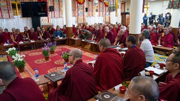 Далай-лама принял участие в первой научной конференции по Калачакре