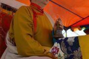 Шаджин-лама Калмыкии досточтимый Тэло Тулку Ринпоче во время ритуала освящения статуи Будды Майтреи в Лагани. 22 сентября 2019 г. Фото: «Лагань Даргьелинг Хурул».