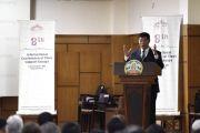 Президент Центральной тибетской администрации Лобсанг Сенге обращается к собравшимся во время заключительной сессии Восьмой международной конференции групп поддержки Тибета. Дхарамсала, Индия. 5 ноября 2019 г. Фото: Тензин Пхенде (ЦТА).